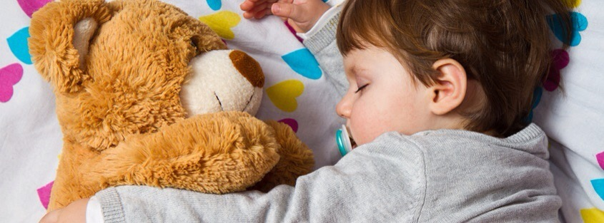 Gérer la transition du berceau au lit d'enfant
